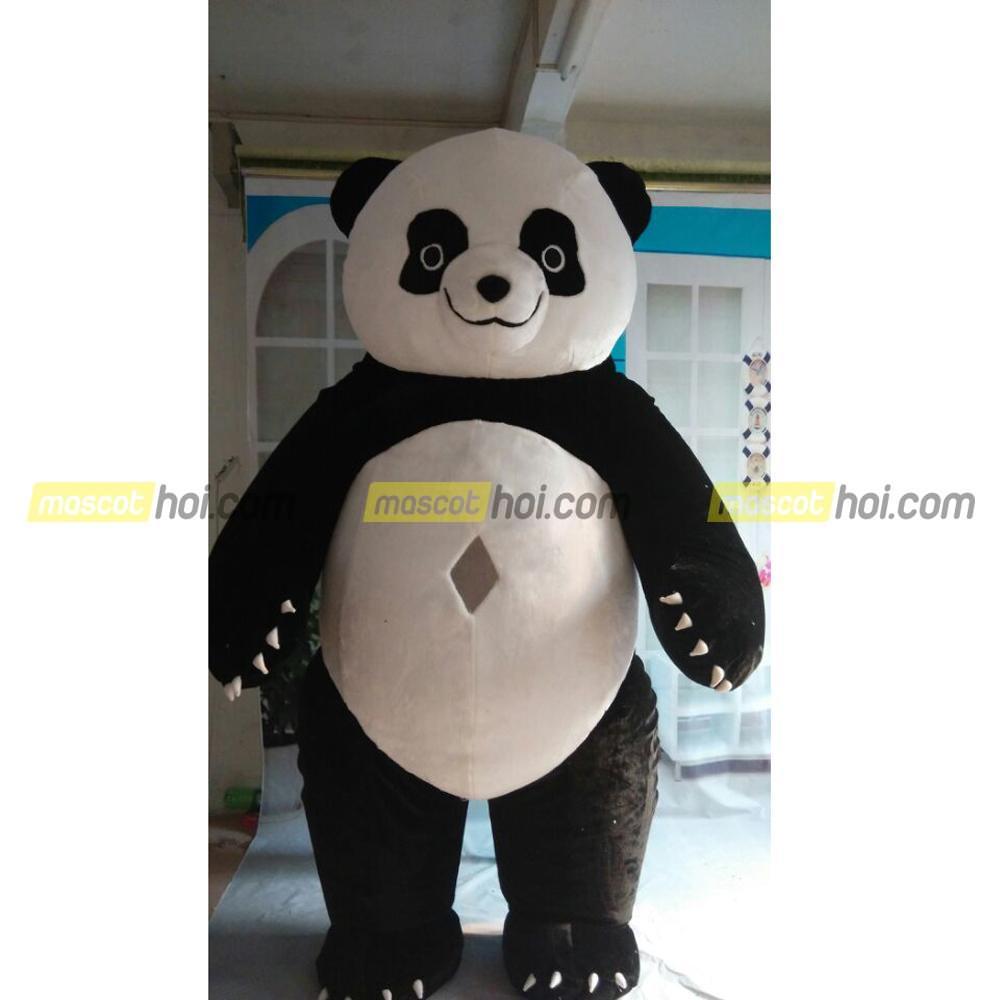 Mascot gấu trúc cho các sự hiện diện ở sự kiện
