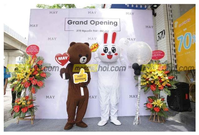 Mascot gấu Brown 2cùng thỏ trắng Cony xuất hiện tại các sự kiện quảng bá